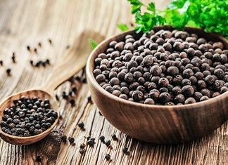 Черен пипер: 5 лековити ползи за здравето